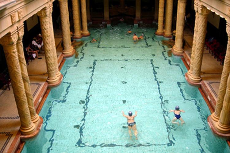 Baños Romanos - En Buenas Manos