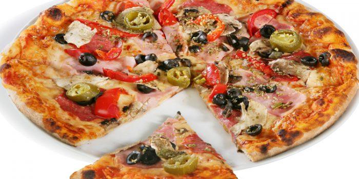Pizza vegetariana de piña