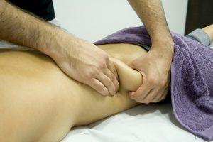Disfruta los beneficios del masaje anticelulítico