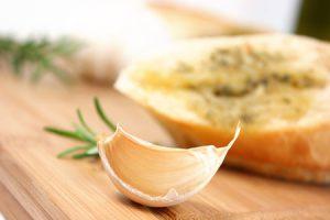 Pan de ajo, delicioso y saludable