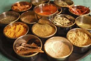 Propiedades del curry relacionadas con la salud