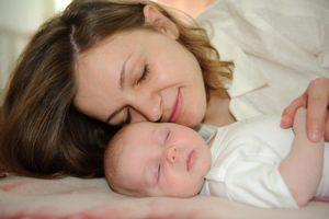 Dormir con los niños ¿es malo?