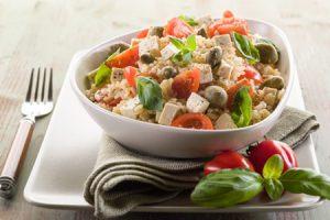 Beneficios de la menta piperita, sus usos en la cocina