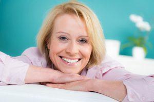 ¿Qué síntomas de la menopausia mejora la Cimicifuga?