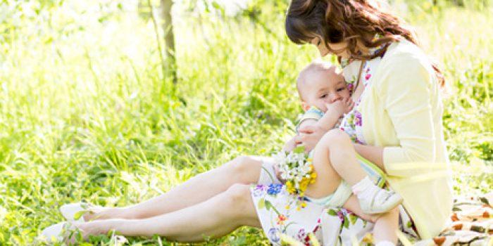 Lactancia materna, ventajas para la madre y el bebé