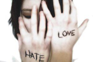 Del odio al amor, más cerca de lo que creemos