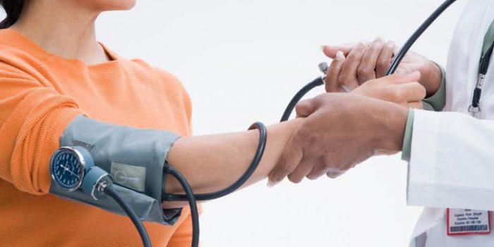 Causas de la hipertensión, alimentación y tratamiento