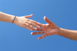 manos-trueque