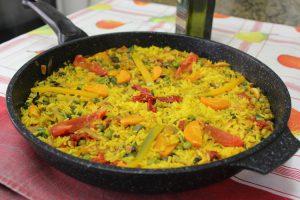 Una receta de paella vegetariana muy saludable