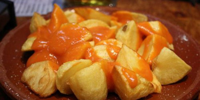 Como hacer patatas bravas diferentes