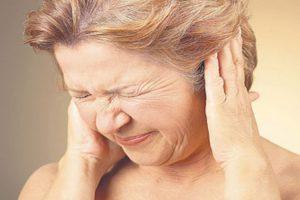 Causas de los pitidos de oídos y tratamientos naturales