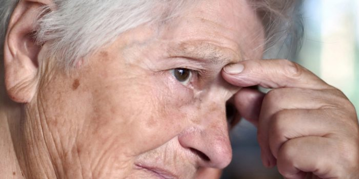 Como reconocer los síntomas de la demencia senil