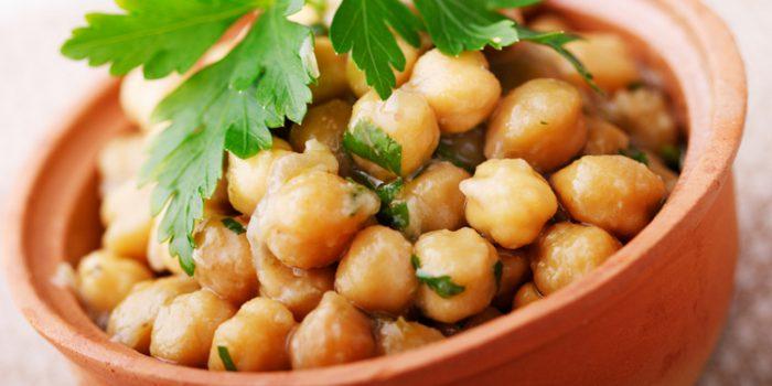 Snacks de garbanzos, receta fácil y saludable