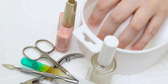 Remedios para las uñas estriadas