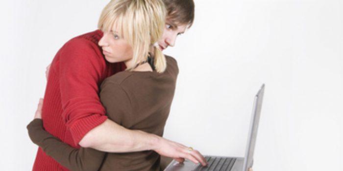 Síntomas de la adicción al trabajo, consejos y tratamientos