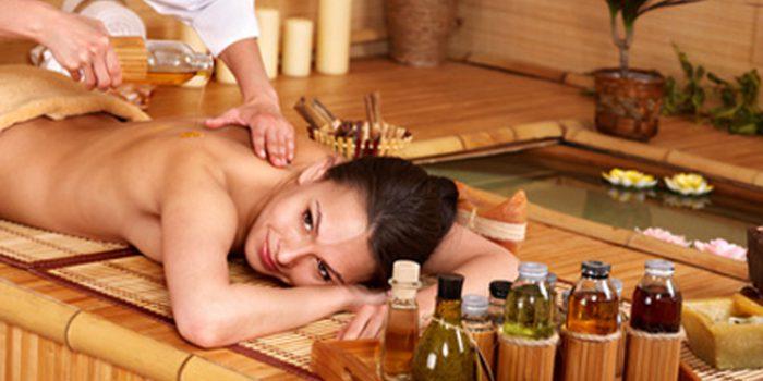 Aceites naturales para masajes, clases y preparación