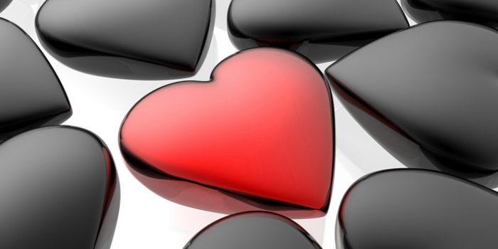 Tirada el camino del amor, ¿me ama o no?