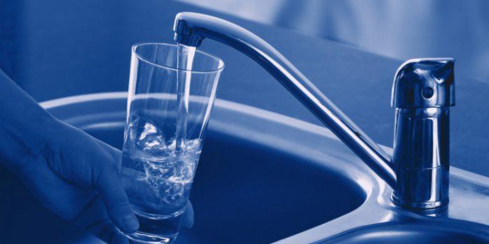 Cómo elegir un buen aparato de osmosis inversa