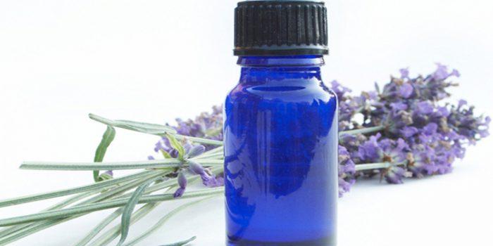 Aplicar aceites esenciales con seguridad: consejos y recomendaciones