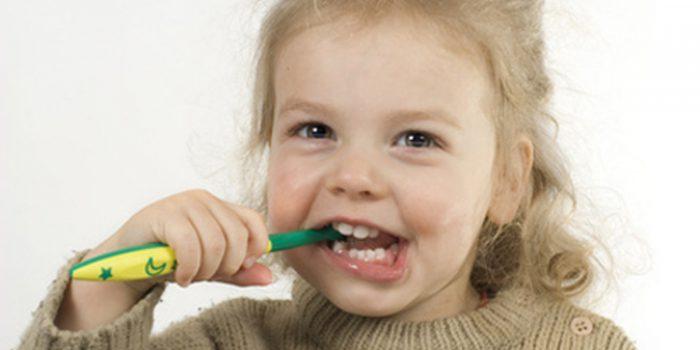 Cómo tratar y prevenir la gingivitis