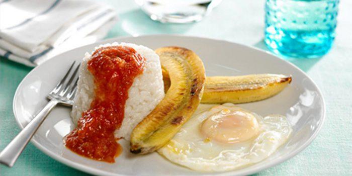 Arroz a la cubana, receta típica