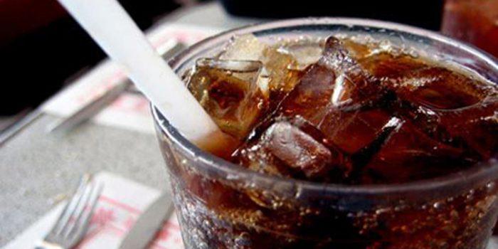 ¿Qué problemas puede causar la adicción a la coca cola?
