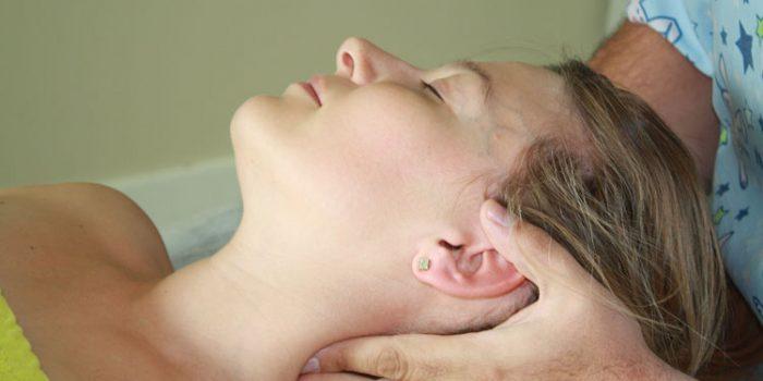 Dolor de cuello y cabeza, causas y soluciones
