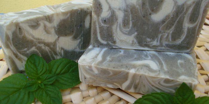 Propiedades del jabón de arcilla y elaboración casera