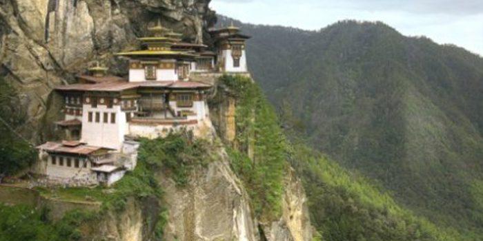 Los 5 ritos tibetanos para ponerse en forma