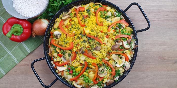 Receta de arroz con verduras: una rica paella vegana