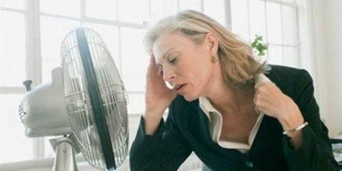 Como calmar los sofocos en la menopausia