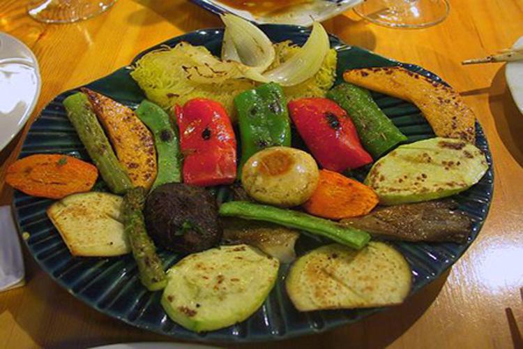 Ventajas de cocinar a la plancha for Que cocinar con verduras